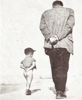 niño y adulto-caminamos2